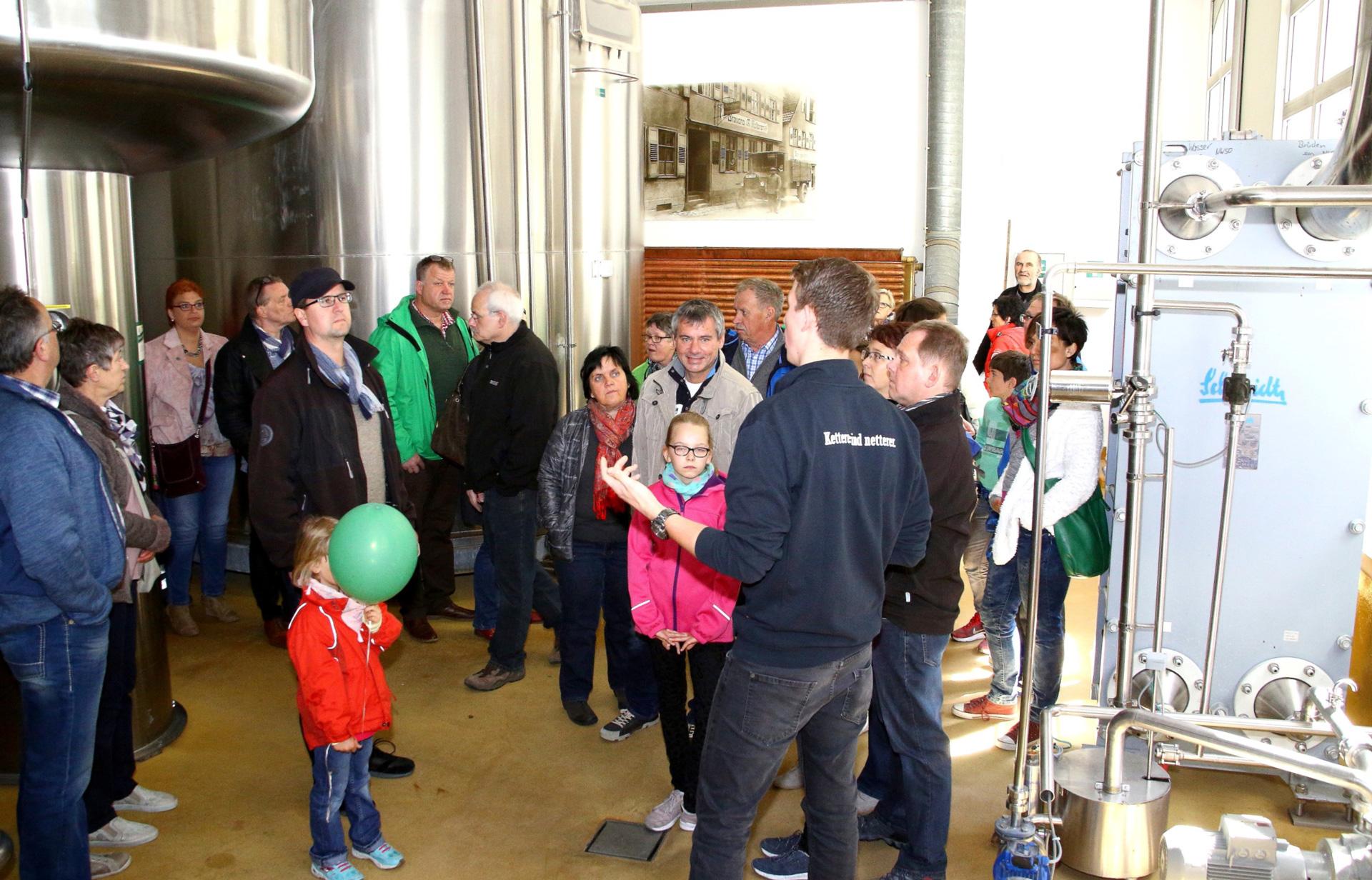 Die Besucher erfahren beim sogenannten 'Whirlpool', dass Ketterer seit 2002 als vierte Brauerei weltweit das innovative Schonkochverfahren einsetzt.